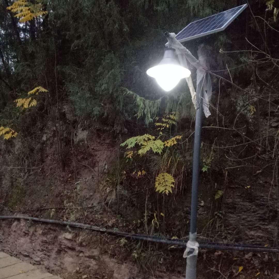 太阳能路灯-重庆奉节工程_ led路灯价格